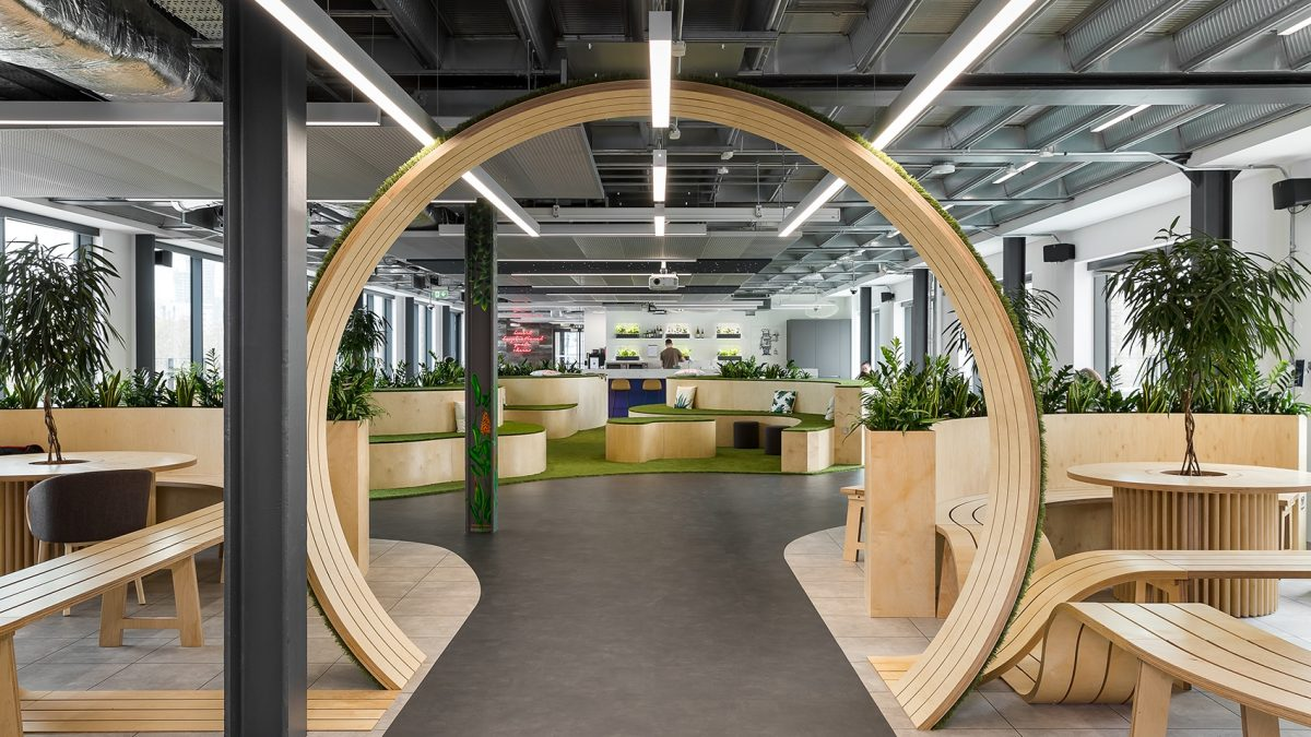 ulici mаkedonskа 12 - bosch london office 1 1200x675 - Here They Are: The World's 5 Most Beautiful Offices of 2019