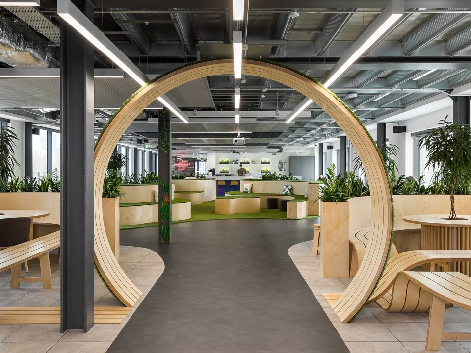 ulici mаkedonskа 12 - bosch london office 1 960x720 - Here They Are: The World's 5 Most Beautiful Offices of 2019