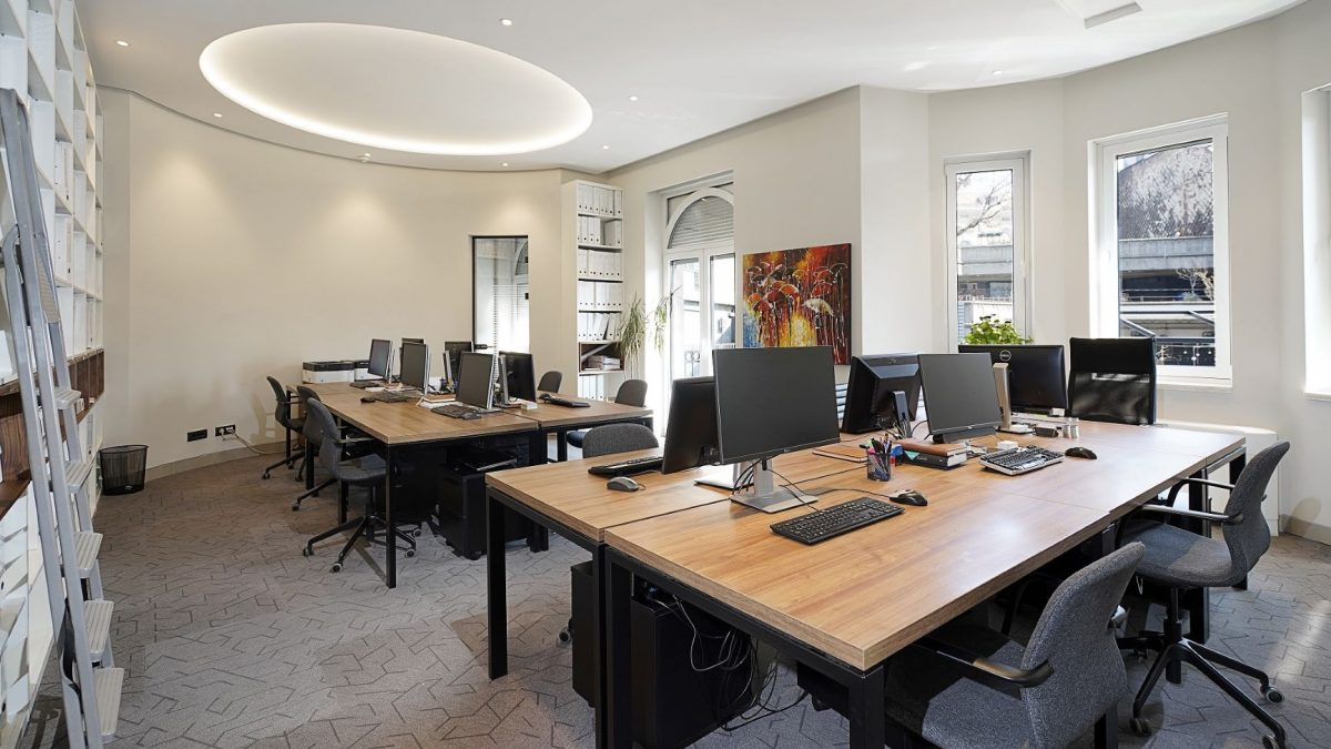 kancelarije u 2021 - 4 1200x675 - Workplace of the Future – Will 2021 see the End of the Office?