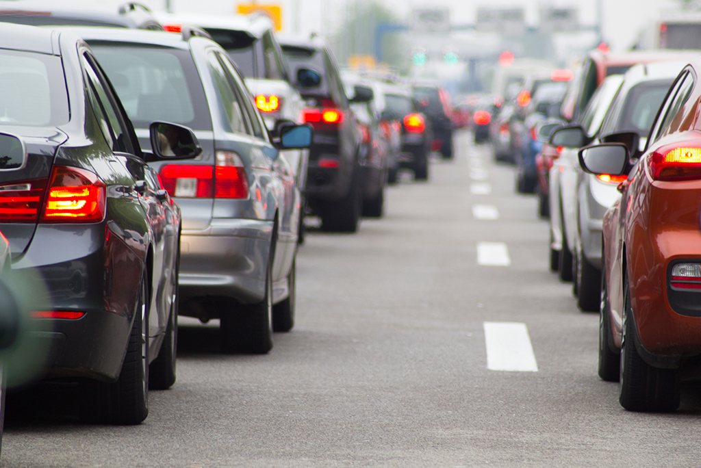 work environment - cars commuting1 - What's The Best Work Environment for Your Personality? [Quiz]